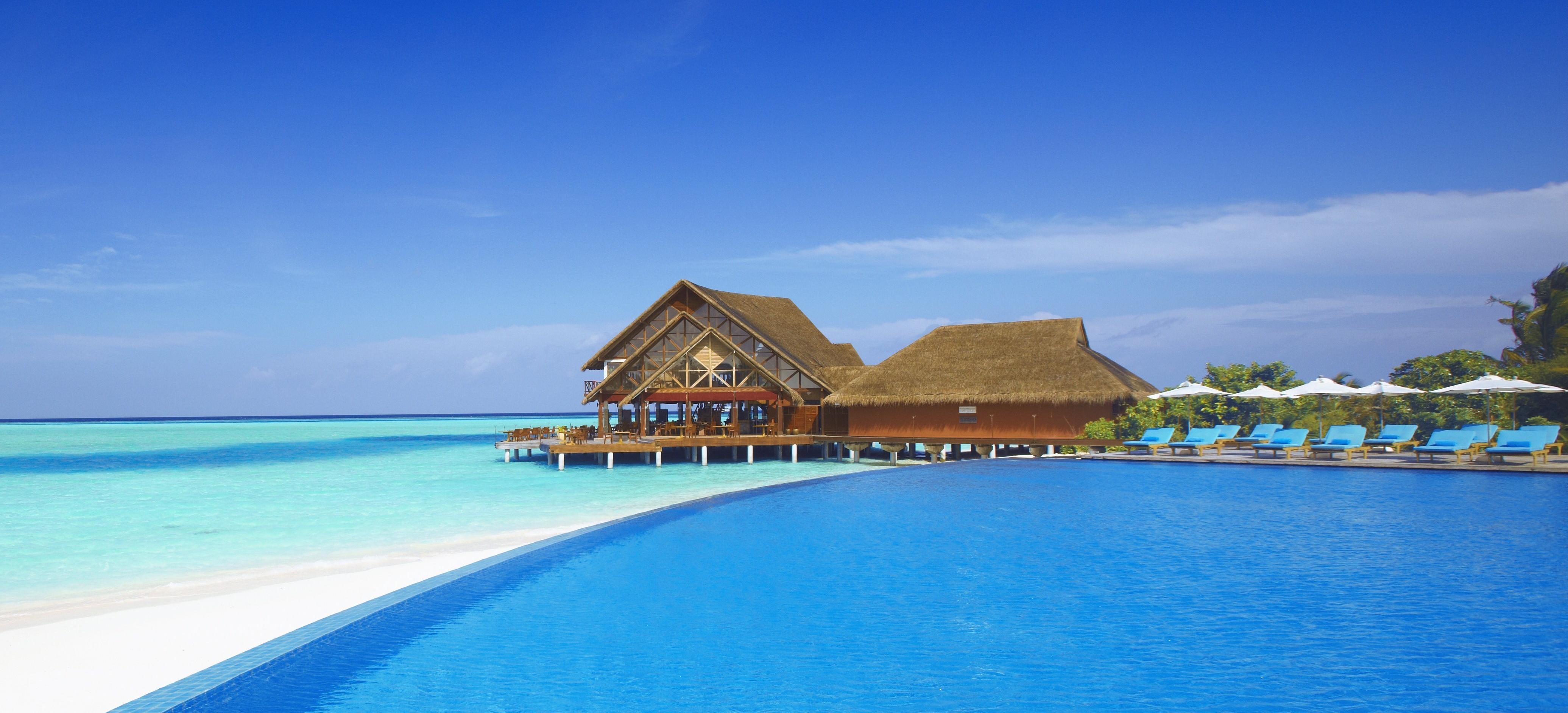 Big 346098 more bagamy maldivy sejshely bassejn prozrachnaya 4142x3135  www.gdefon.ru