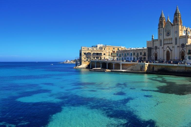 Big malta st. julian s balluta bay flickr.com albireo2006